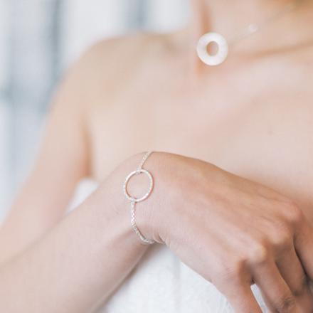 bracelet avec rond en argent