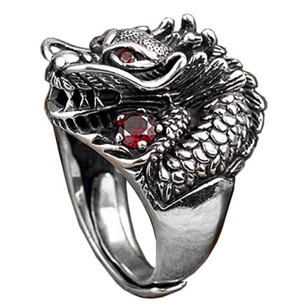 chevaliere homme dragon