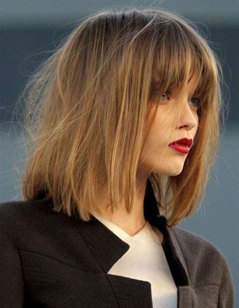 coupe de cheveux carré femme