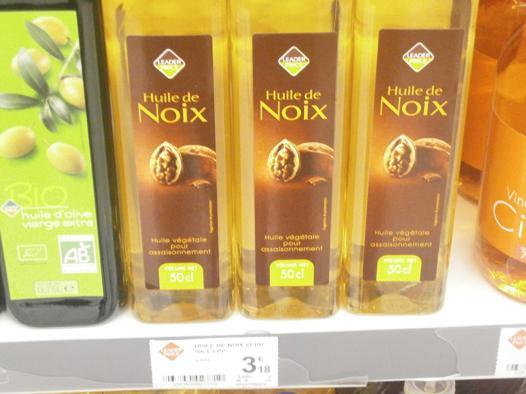 huile de noix pour les cheveux