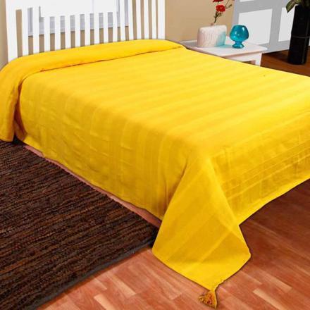 jeté de lit jaune