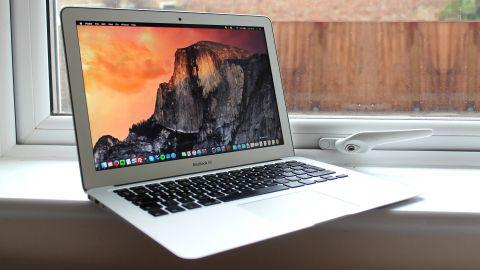 macbook air 4 ou 8 go