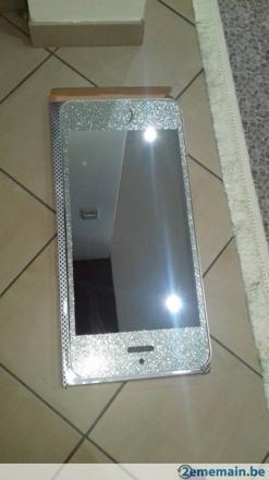 miroir en forme d\'iphone