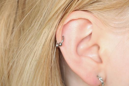 piercing helix anneau ou barre