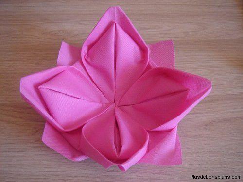 pliage serviette fleur facile